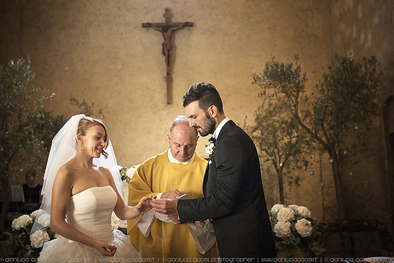 gianluca-adami-wedding-ceremony-la-badia-umbria