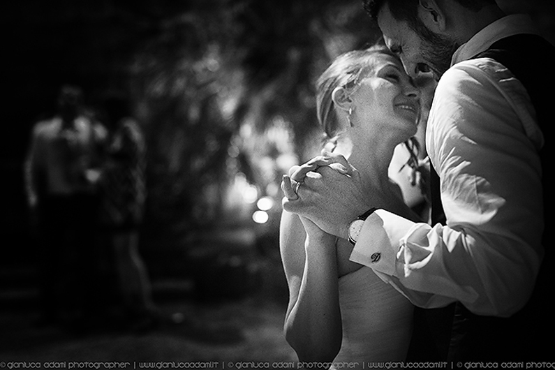 photography-gianluca-adami-wedding-groom-bride-dance